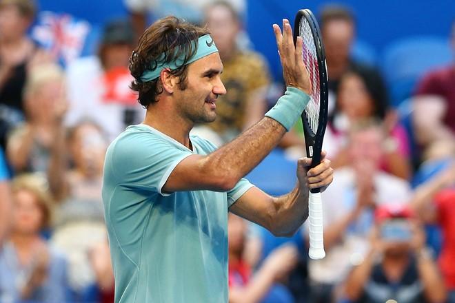 Federer tái xuất bằng thắng lợi chóng vánh